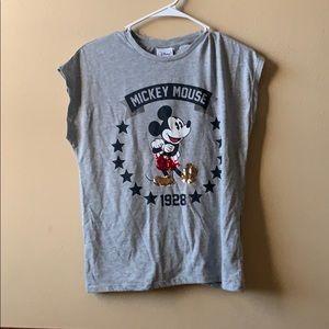 Never worn Disney Top!